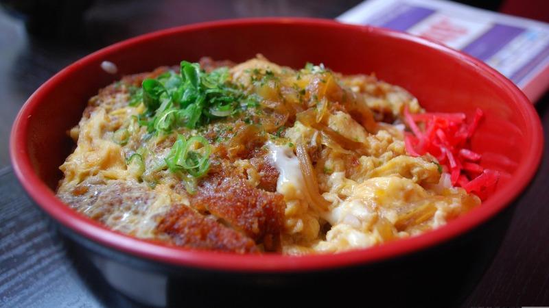 Chicken Katsu Don à l' Izakaya Hachibeh - Alpha